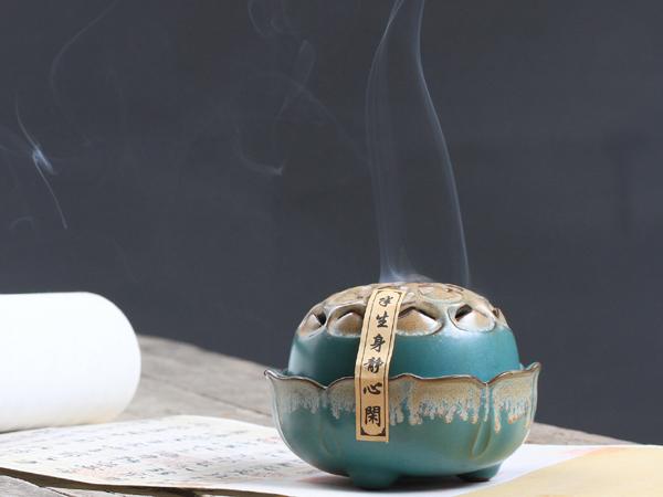 蓮花開運陶瓷香爐2