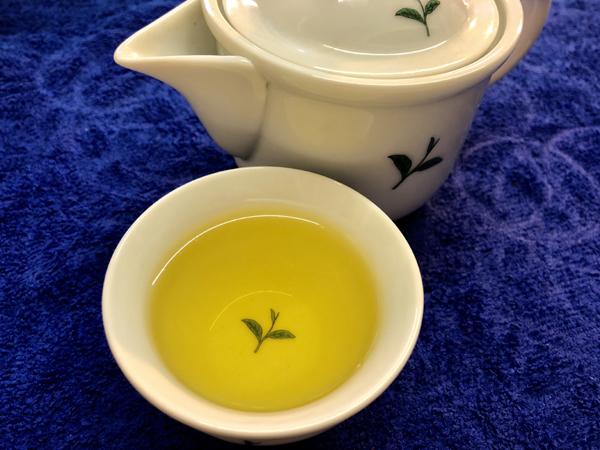 黃金甘露茶(2018春茶)的茶水色